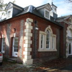 PRESTIGIOUS PERIOD SHOWROOM/OFFICES – TO LET